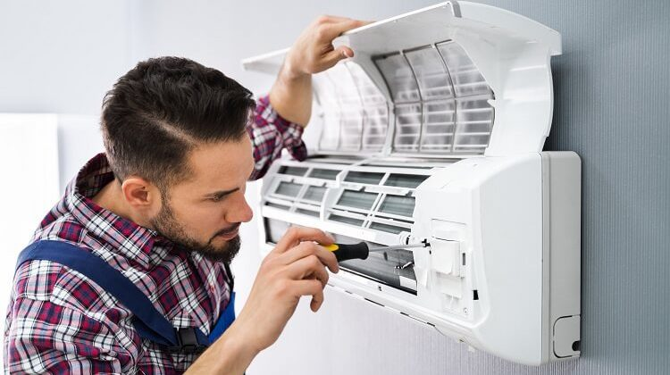 How Do You Fix A Leaking Air Conditioner?