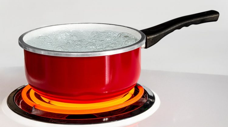 How Hot Does An Electric Stove Get?