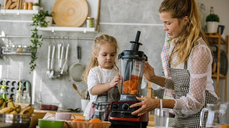 The 7 Best Blenders and Food Processors