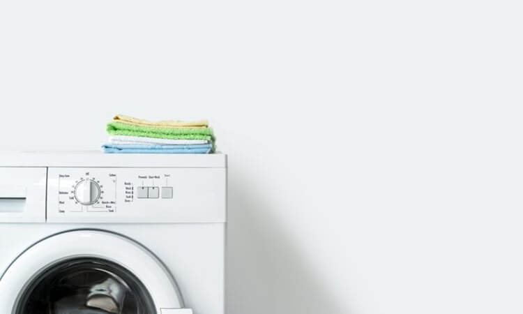 The-7-Best-Portable-Clothes-Dryers-For-Small-Spaces