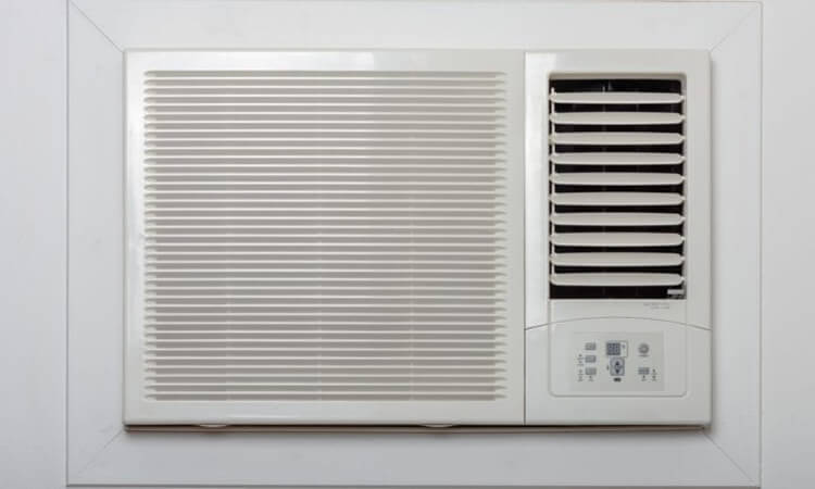 How-To-Insulate-Around-A-Window-Air-Conditioner-Easy-Tips