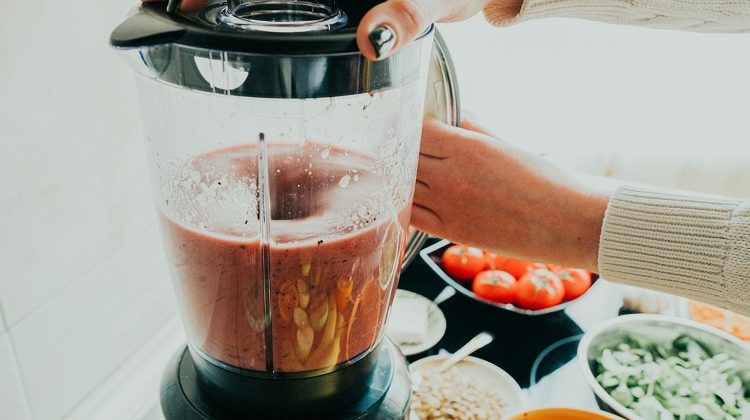 The 7 Best Budget Blenders